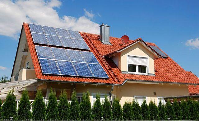 Кто обуздал энергию солнца и придумал солнечные батареи