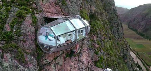 Гостиничные номера Skylodge Adventure Suites висят над пропастью