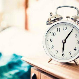 Фрэнк Уайт никогда не носит часы, но с точностью до секунды определяет время